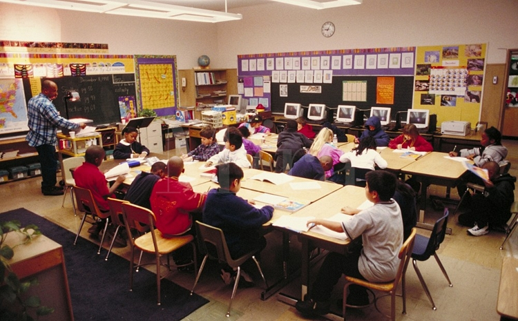 Smaller Class Sizes: Pros and Cons | PublicSchoolReview.com